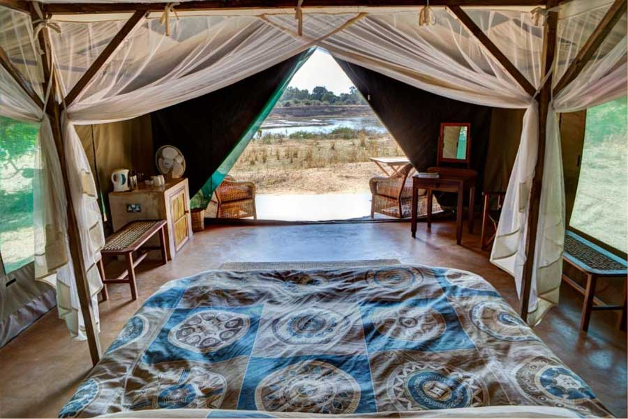 Flatdogs Camp Holiday Accommodation In Zambia Africa